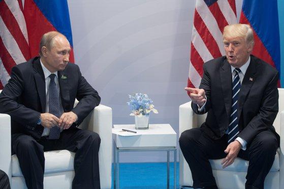Imaginea articolului Donald Trump a discutat cu Vladimir Putin despre crizele din Siria, Iran, Coreea de Nord şi Ucraina