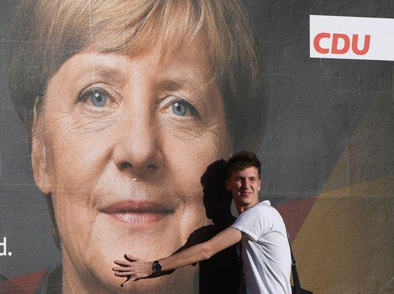 Imaginea articolului SPD analizează posibilitatea prelungirii coaliţiei guvernamentale cu partidul Angelei Merkel - surse