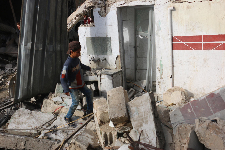 Cel puţin 53 de civili, printre care 21 de copii, au murit în urma raidurilor aeriene ruse din Siria
