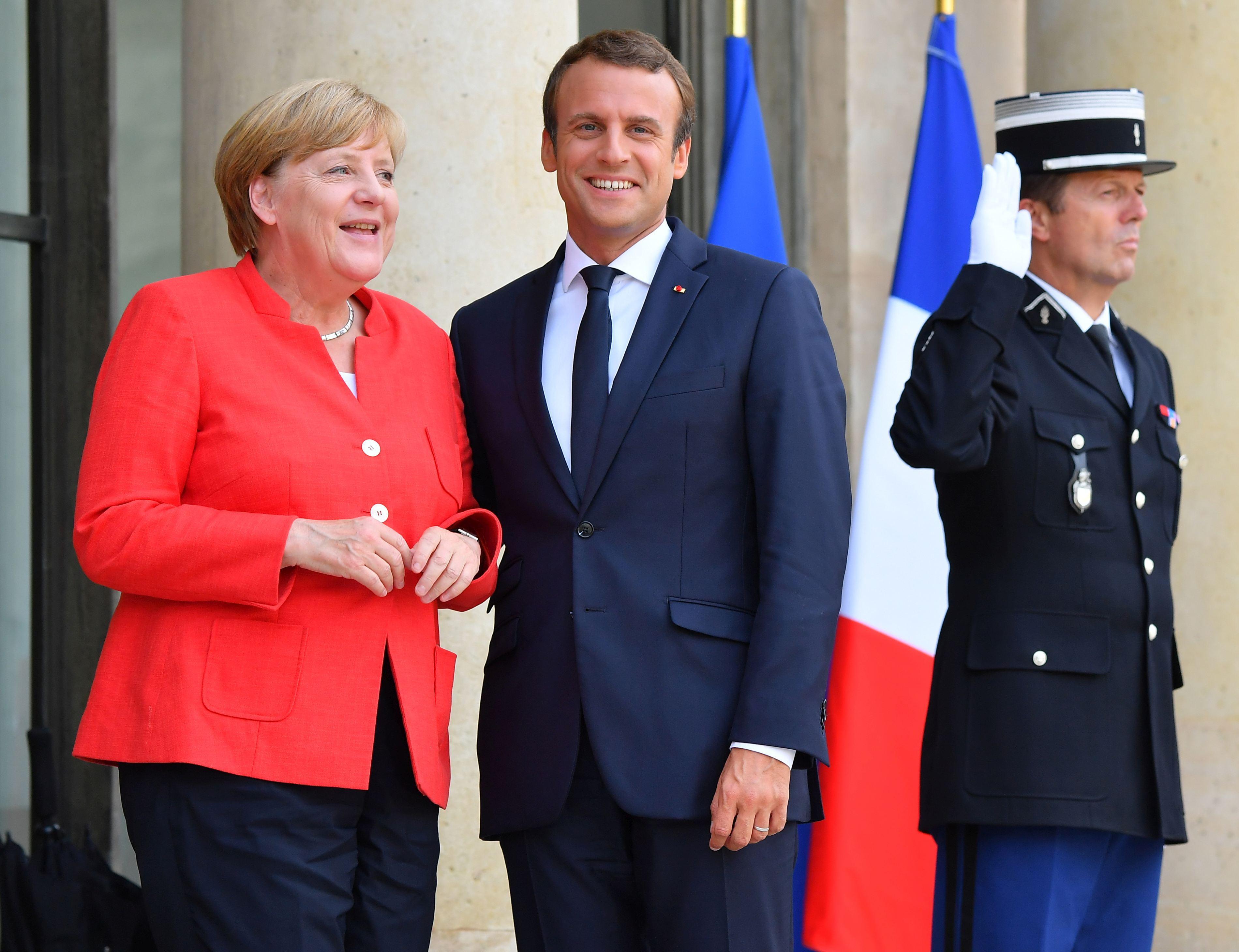 Viziunea lui Emmauel Macron privind revigorarea Europei, mai greu de realizat fără o Germanie `puternică`