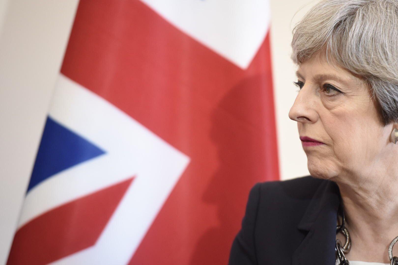 Premierul britanic Theresa May efectuează o vizită oficială în Orientul Mijlociu