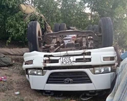 Cel puţin 22 de morţi şi zeci de răniţi într-un grav accident produs în Zimbabwe
