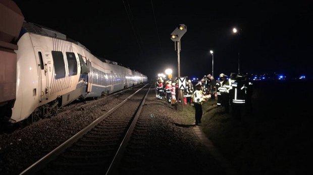 Zeci de persoane au fost rănite în urma unui accident feroviar produs în Germania