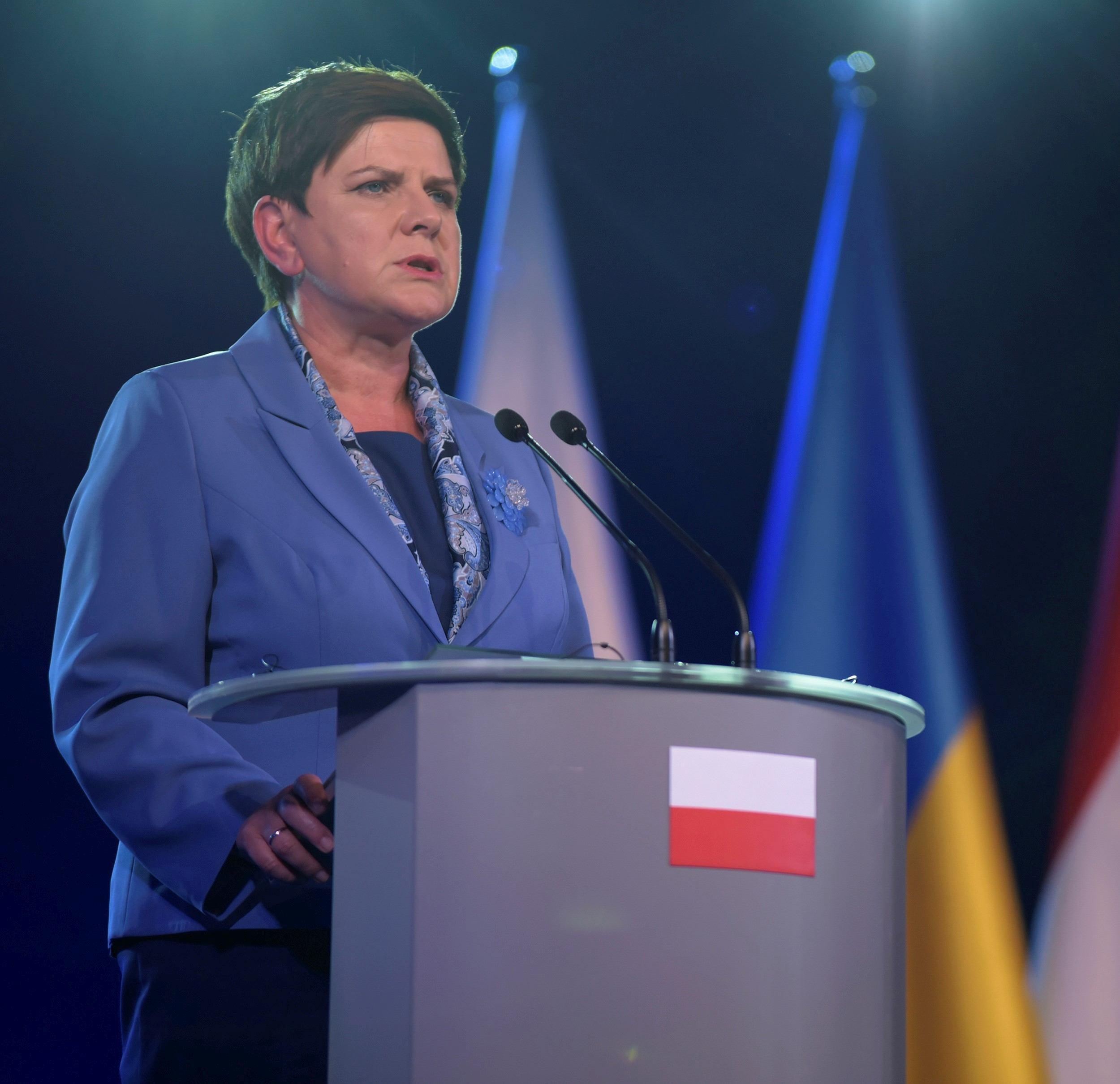 Beata Szydlo şi-a depus demisia din funcţia de prim-ministru al Poloniei