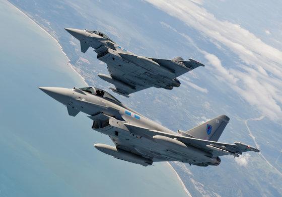 Imaginea articolului Qatarul cumpără avioane de luptă din Marea Britanie în valoare de 6,8 miliarde de euro