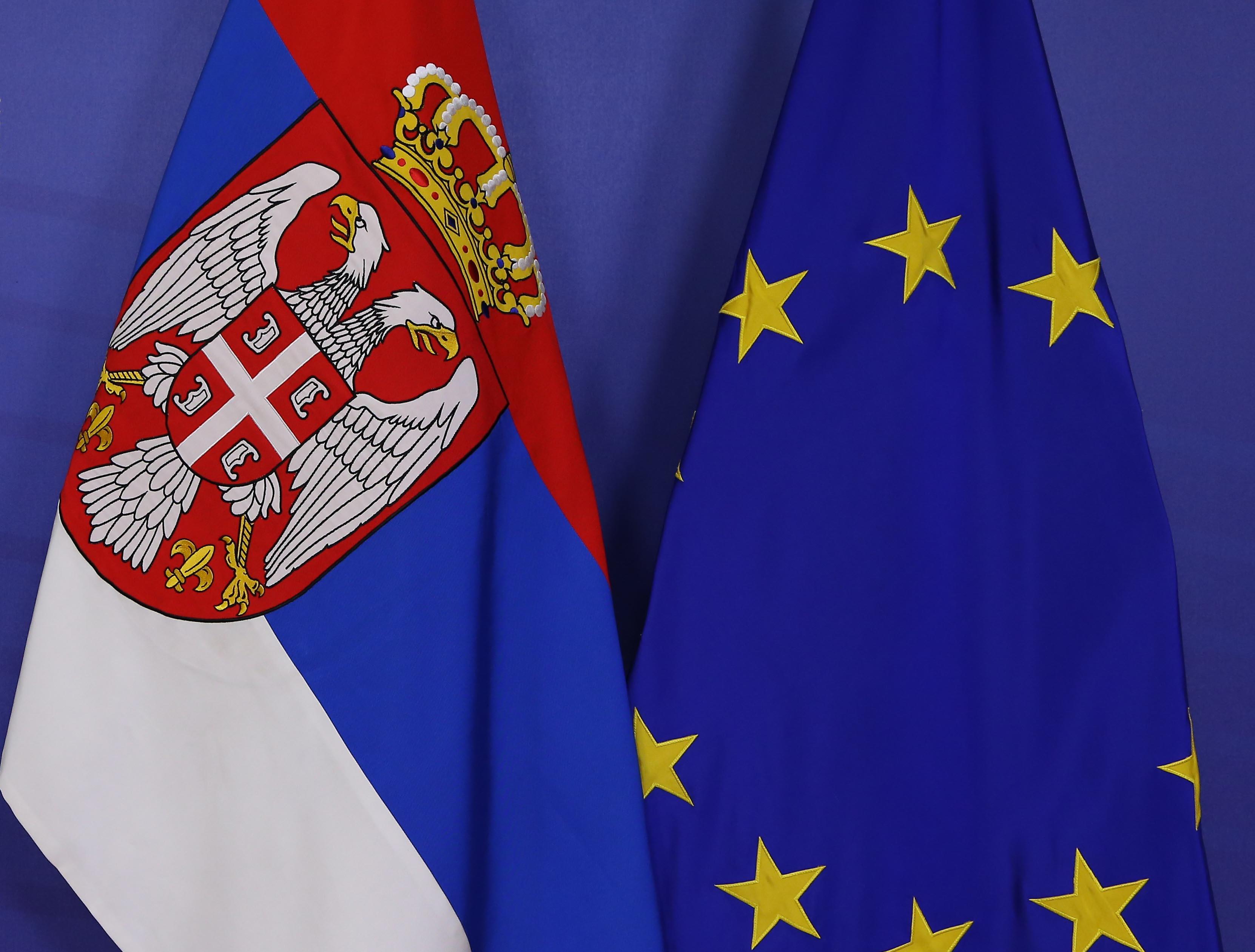 Reprezentanţi ai UE şi ai Serbiei au continuat negocierile pe capitole privind aderarea