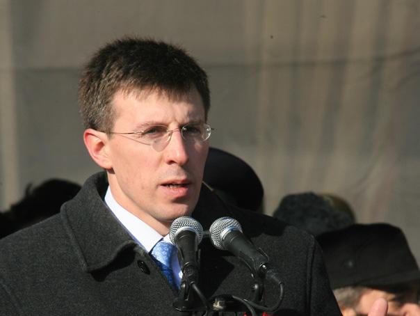 Primarul suspendat al Chişinăului, Dorin Chirtoacă, va participa la funeraliile Regelui Mihai