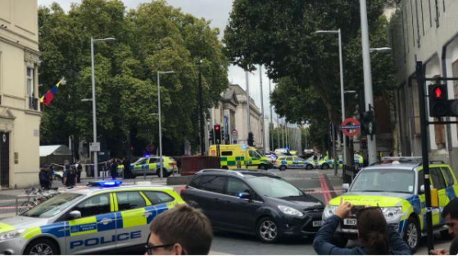 Restricţii de circulaţie după un incident de securitate în Londra