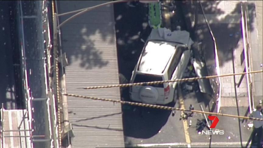 16 persoane au fost rănite, după ce un individ a intrat cu un autovehicul într-un grup de oameni în Melbourne/ Poliţia susţine că incidentul a fost comis în mod deliberat, dar nu este de natură teroristă