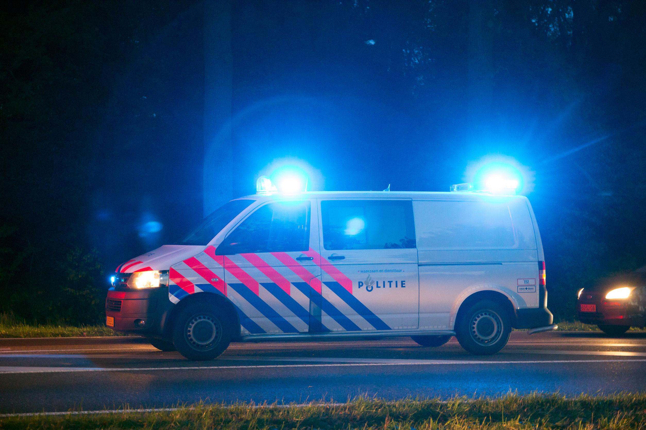 Patru români, condamnaţi la închisoare în Suedia pentru furturi din vehicule în mişcare