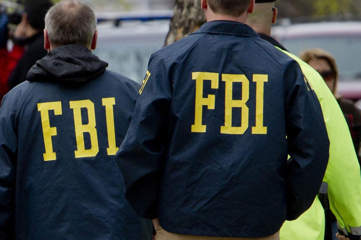 Fost puşcaş marin, care ar fi intenţionat să comită un atac terorist de Crăciun, arestat în California