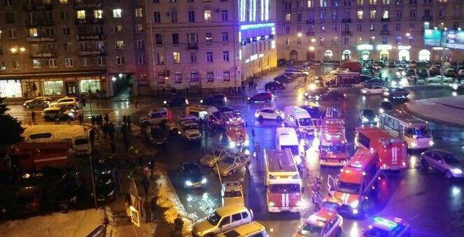 EXPLOZIE puternică în oraşul rus Sankt-Petersburg | Cel puţin zece persoane au fost rănite  - FOTO, VIDEO