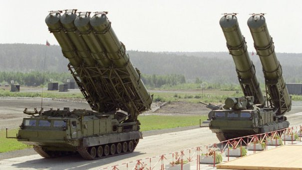Sisteme antiaeriene S-400 vândute Turciei de către Rusia, în pofida parteneriatului cu NATO