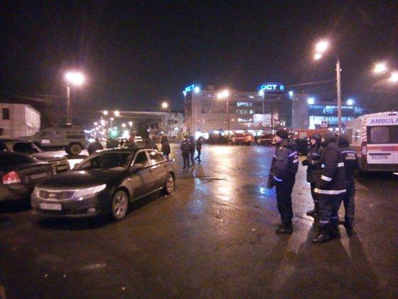 Imaginea articolului ALERTA din Ucraina | Poroşenko: Toţi ostaticii din oficiul poştal au fost eliberaţi/ Agresorul a fost arestat | FOTO, VIDEO