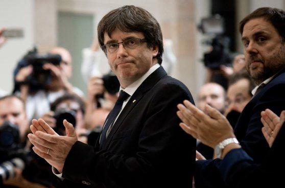 Imaginea articolului Partidele proindependenţă catalane îl vor nominaliza pe fostul lider Carles Puigdemont pentru funcţia de premier al Cataloniei