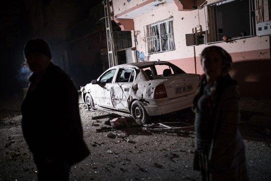 Imaginea articolului Kurzii din Siria au lansat mai multe rachete asupra unui oraş din Turcia / Artileria turcă a ripostat | FOTO