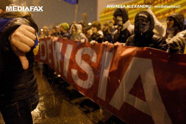 """Imaginea articolului Protestele din România văzute de presa internaţională: """"Zeci de mii de oameni au înfruntat ninsoarea pentru a protesta faţă de corupţie"""""""
