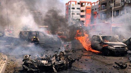 Cel puţin 33 de persoane au fost ucise în oraşul libian Benghazi, în urma unui dublu atentat