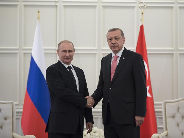 Vladimir Putin şi Recep Tayyip Erdogan au discutat telefonic despre situaţia din Siria