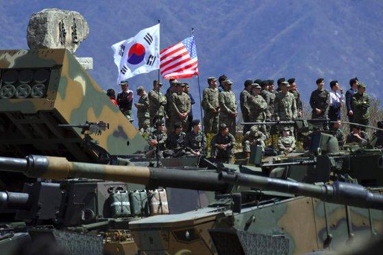 Imaginea articolului Coreea de Sud şi SUA nu renunţă la exerciţiile militare comune, în ciuda avertismentului din partea Coreei de Nord