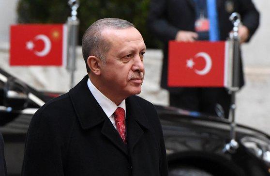 Imaginea articolului Recep Erdogan: Forţele turce vor începe în următoarele zile asediul oraşului sirian Afrin
