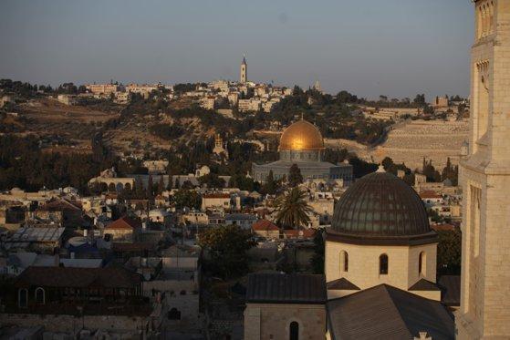 Imaginea articolului SUA confirmă mutarea ambasadei în Ierusalim în mai / Liderii palestinieni denunţă un act ilegal