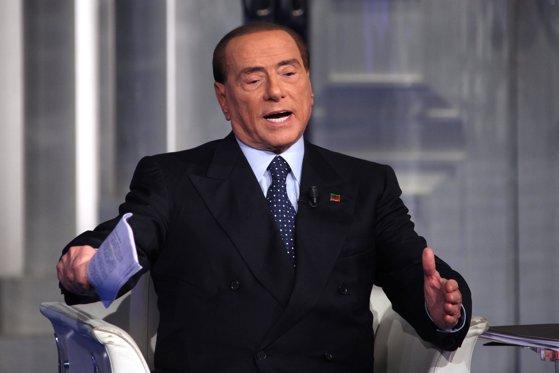 Imaginea articolului Silvio Berlusconi, OPTIMIST că va reveni, în curând, la guvernare. Cine ar putea deţine funcţia de premier şi când au loc alegeri în Italia