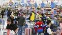 Imaginea articolului Efectul de bumerang. Giganţii retailului american îi cer lui Donald Trump să revizuaiscă tarifele cu China: Familiile care cumpără din magazinele noastre plătesc preţuri mai mari