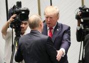 """Trump, CRITICĂ DUR presa pentru cum a comentat decizia sa de a-l felicita pe PUTIN: """"A înnebunit"""""""