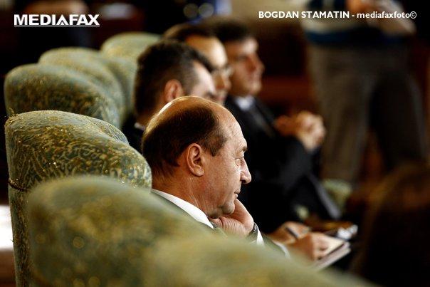 Imaginea articolului MITING dedicat unirii Basarabiei cu România, la Chişinău. Mai mulţi politicieni români, printre care şi Traian Băsescu, şi-au anunţat participarea