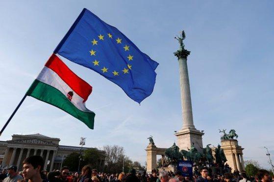 """Imaginea articolului După cazul Poloniei, UE se pregăteşte să aplice Ungariei cea mai DURĂ sancţiune prin activarea art.7 din Tratat   Răspunsul Fidesz face trimitere la """"inamicul"""" Soros"""