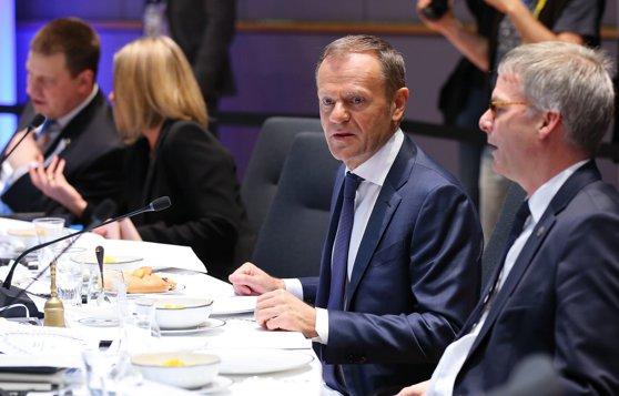 Imaginea articolului Donald Tusk îndeamnă Kosovo să îmbunătăţească relaţiile cu Serbia în vederea aderării la UE