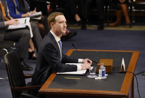 Imaginea articolului Mark Zuckerberg se va întâlni cu reprezentanţii Parlamentului European la Bruxelles