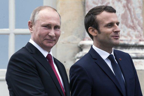 Imaginea articolului Ce intenţii declarate are Emmanuel Macron în cursul în cadrul vizitei oficiale în Rusia. Preşedintele Franţei va merge la St. Petesburg, la invitaţia lui Vladimir Putin.