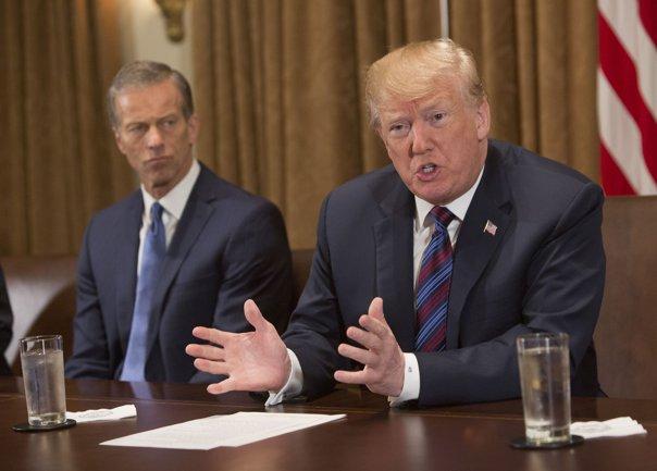 Imaginea articolului Donald Trump va sesiza Departamentul Justiţiei pentru o presupusă infiltrare a FBI în campania electorală din 2016