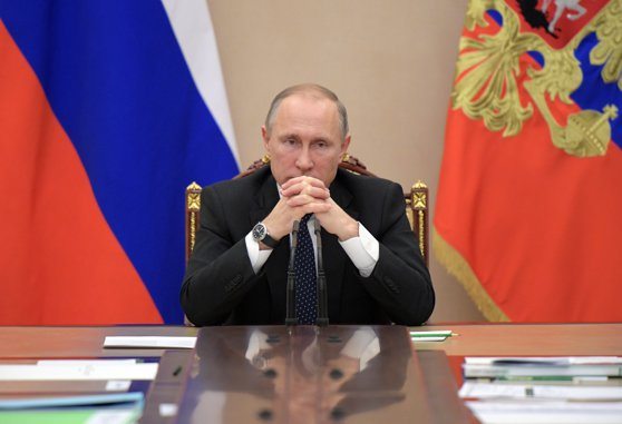 Imaginea articolului Vladimir Putin anunţă că va respecta prevederile constituţionale privind limitarea numărului de mandate prezidenţiale