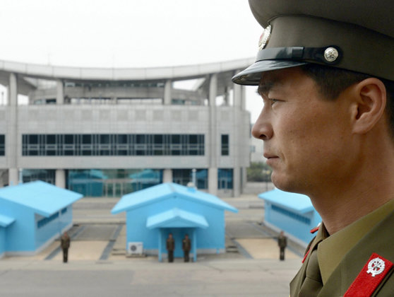 Imaginea articolului BREAKING: Întâlnire neprogramată între liderii celor două Corei