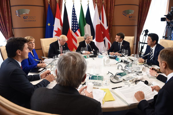 Imaginea articolului Summitul G7 din Canada: SUA şi UE vor discuta în următoarele săptămâni despre comerţul bilateral