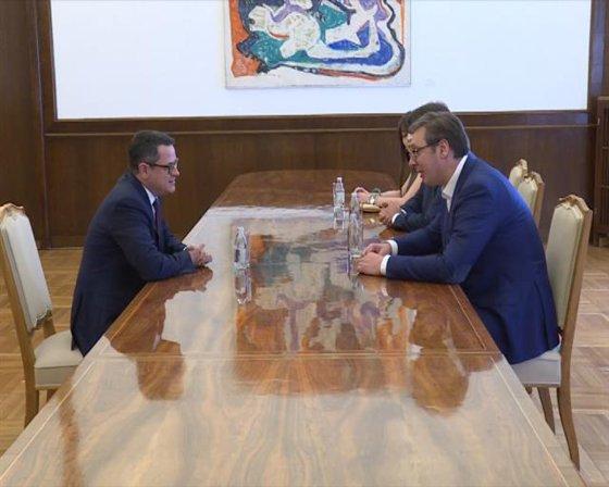 Imaginea articolului Eduard Hellvig, directorul SRI, s-a întâlnit cu preşedintele Serbiei, Aleksandr Vucici | VIDEO