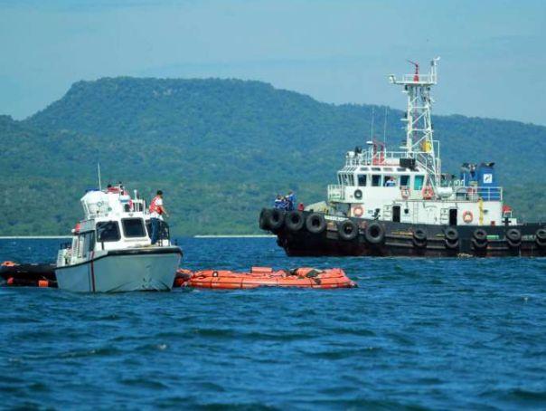 Imaginea articolului Feribot supraîncărcat, scufundat în apropierea insulei Sumatra din Indonezia