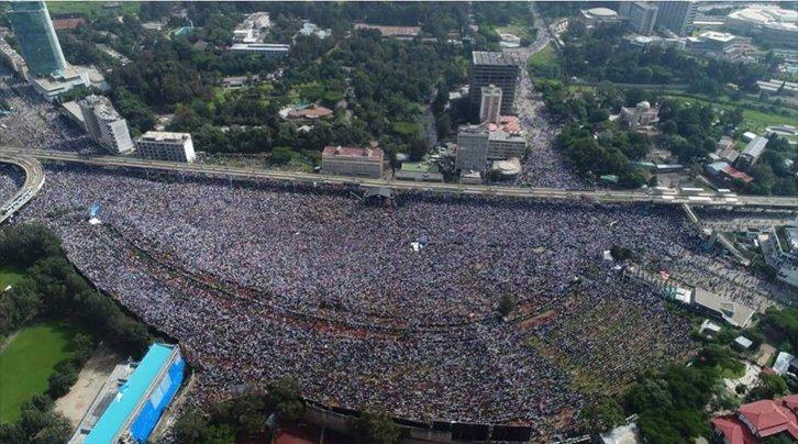 Imaginea articolului Bilanţ în creştere: Un mort şi peste 150 de răniţi, după ATENTATUL în timpul discursului premierului Etiopiei