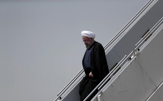 """Imaginea articolului  Hassan Rouhani îl avertizează pe Donald Trump că un conflict militar cu Iranul ar fi """"mama tuturor războaielor"""""""