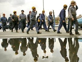 Peste 30.000 de români şi bulgari au primit permise de muncă în Marea Britanie în 2007