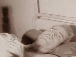 Înregistrare video cu McCain în perioada detenţiei din Vietnam