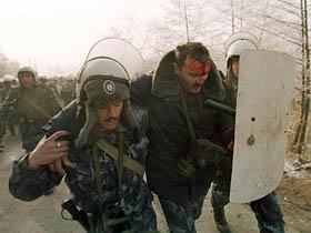 Dosarul mineriadei din iunie 1990 ajunge, din nou, la procurorii militari (Imagine: Mediafax Foto)