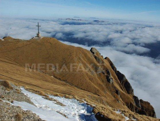 Imaginea articolului Crucea Caraiman, în Cartea Recordurilor: Este cea mai înaltă cruce din lume amplasată pe un vârf montan