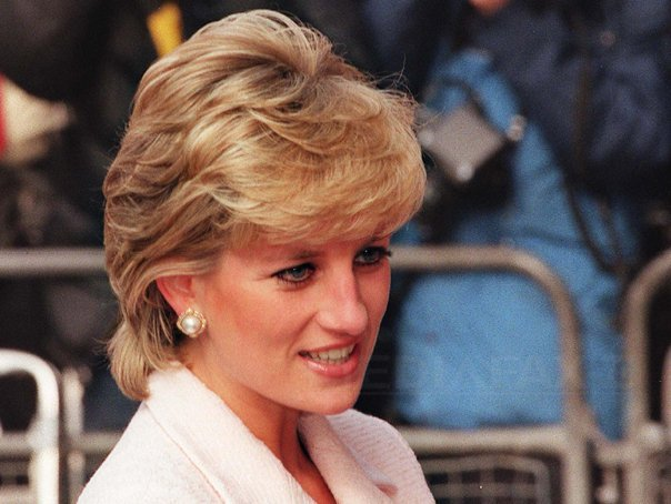 Printul Harry va intra �n posesia mostenirii lasate de mama sa, printesa Diana, pe 15 septembrie