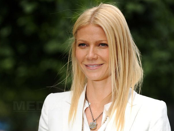 Gwyneth Paltrow va lansa o colectie vestimentara proprie