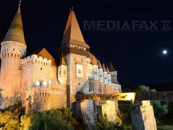 Castelul Corvinilor, �nchis patru zile pentru filmari la un documentar despre Vlad Ţepes