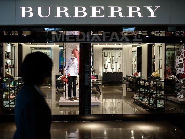 Casa de modă Burberry, în centrul unui scandal din cauza folosirii blănurilor naturale